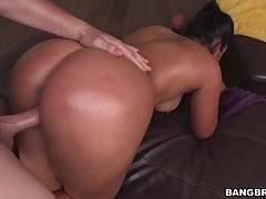 Big latina ass get pulverized!